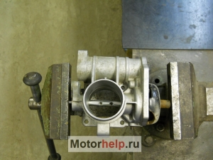 1378464988 dscn1320 - Чистка дроссельной заслонки е газ калина